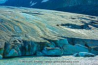 Athabasca Glacier reaches Sunwapta River at Columbia Icefield